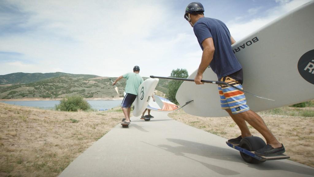 onewheel-surfing