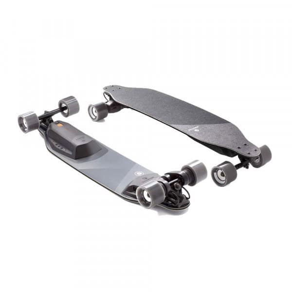 boosted-graphic-stealth-skate-electrique