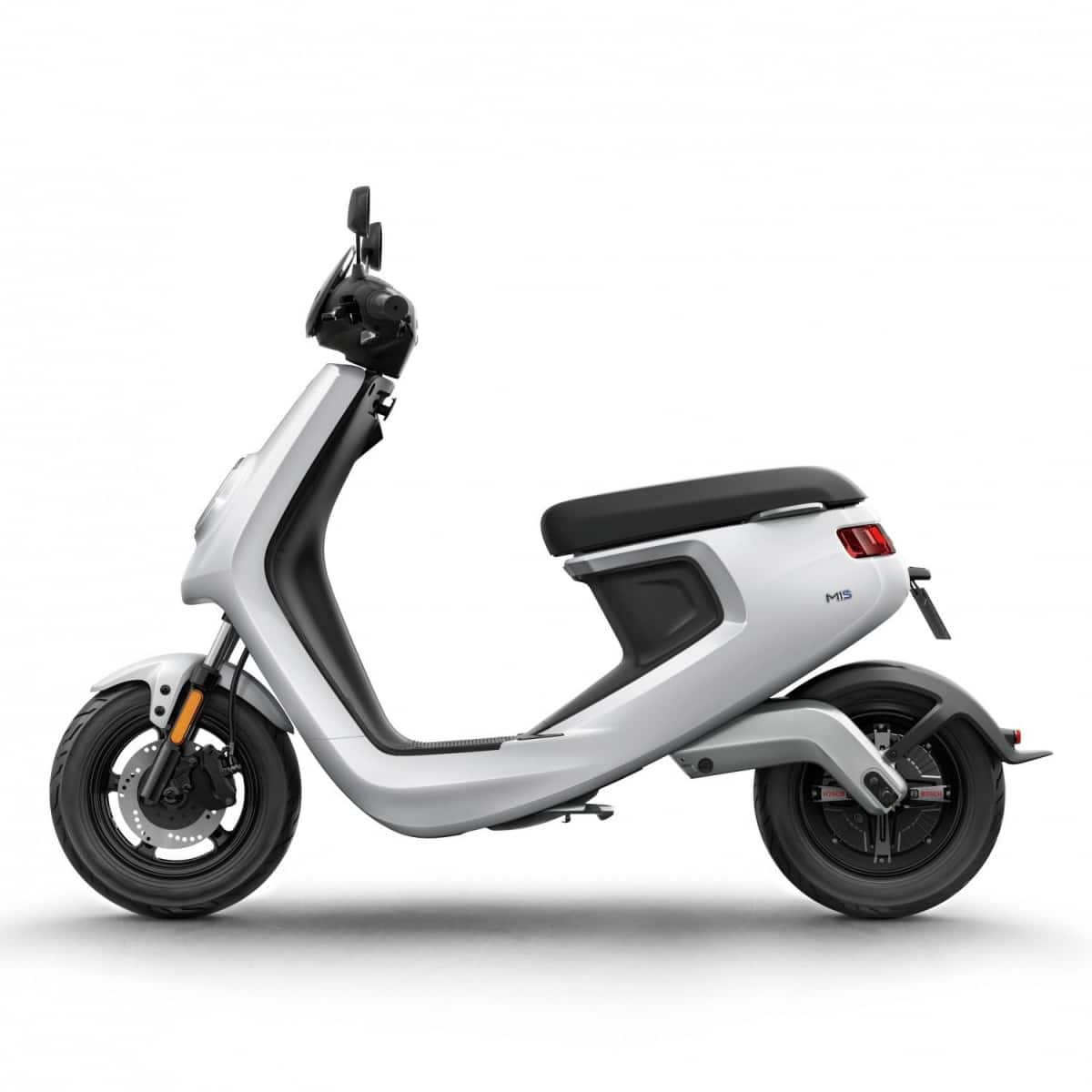 niu-series-scooter-electrique-5