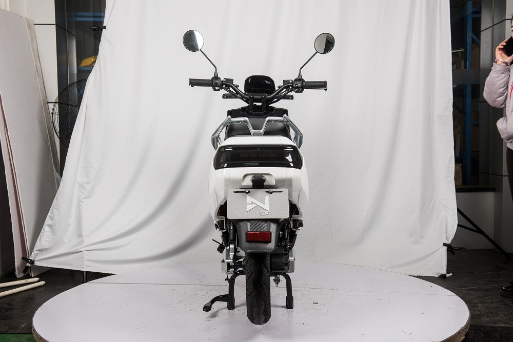 electric-scooter-lve-s5-back
