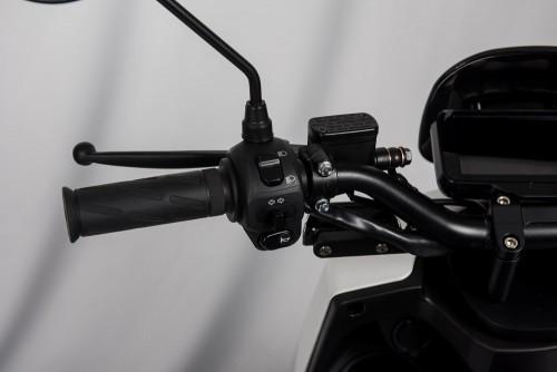 scooter-electrique-lve-s5-guidon-gauche