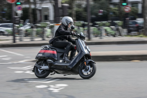 niu-ngt-scooter-electrique-125-sport