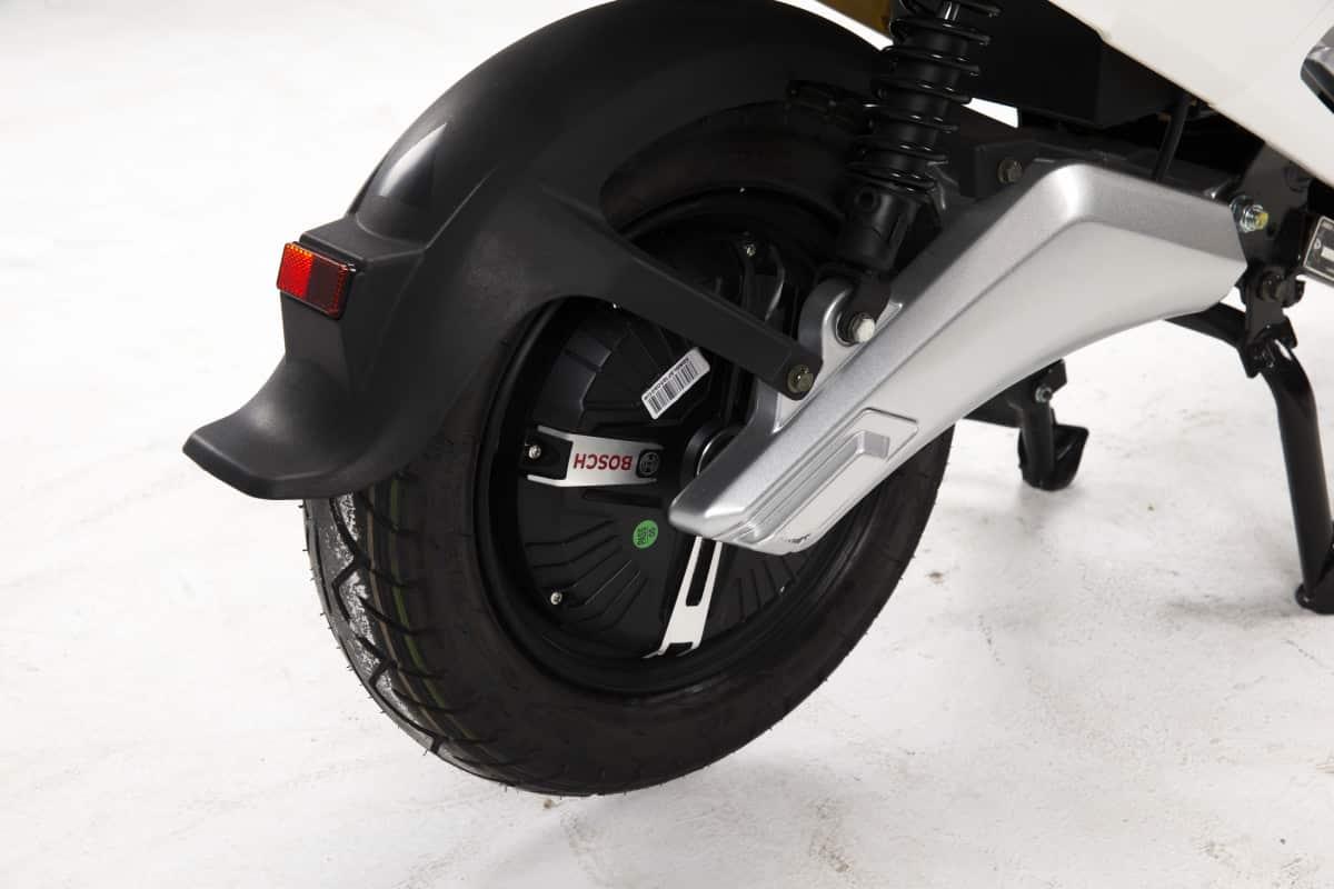 scooter-electrique-pas-cher-lve-s4-19-1