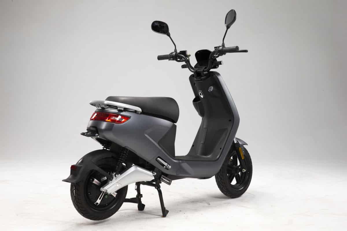 scooter-electrique-pas-cher-lve-s4-3