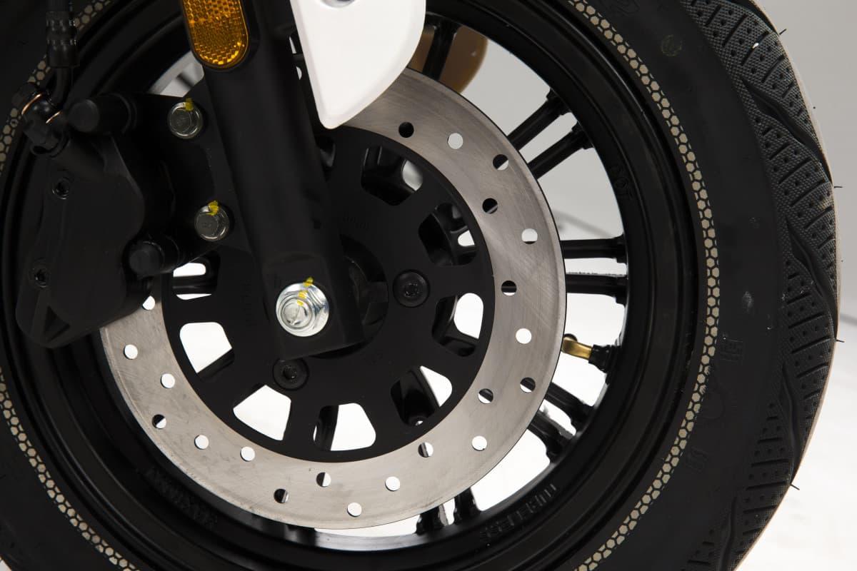 scooter-electrique-pas-cher-lve-s4-6