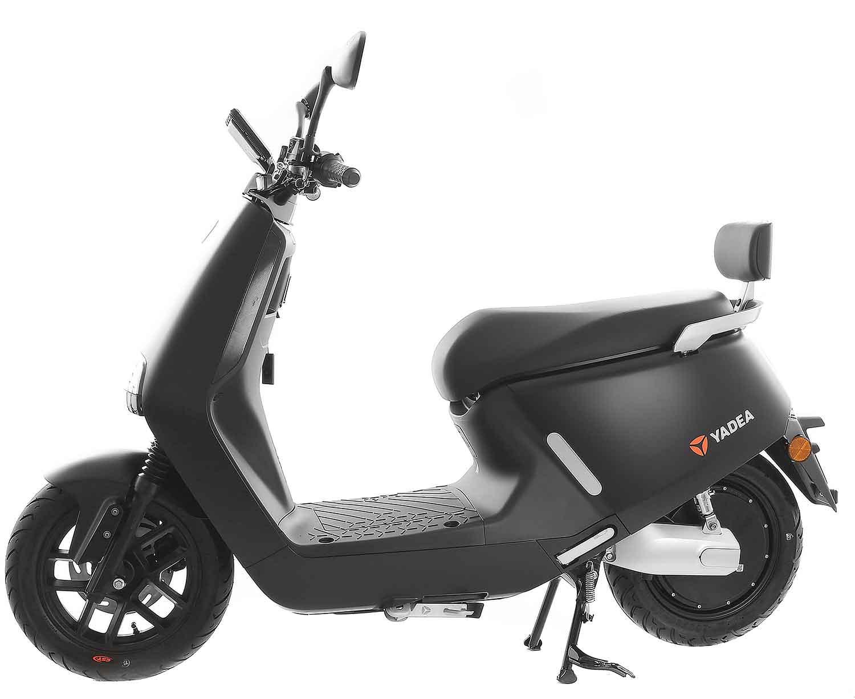 SXT Yadea G5 ESCG5.6 schwarz matt Seitenansicht links
