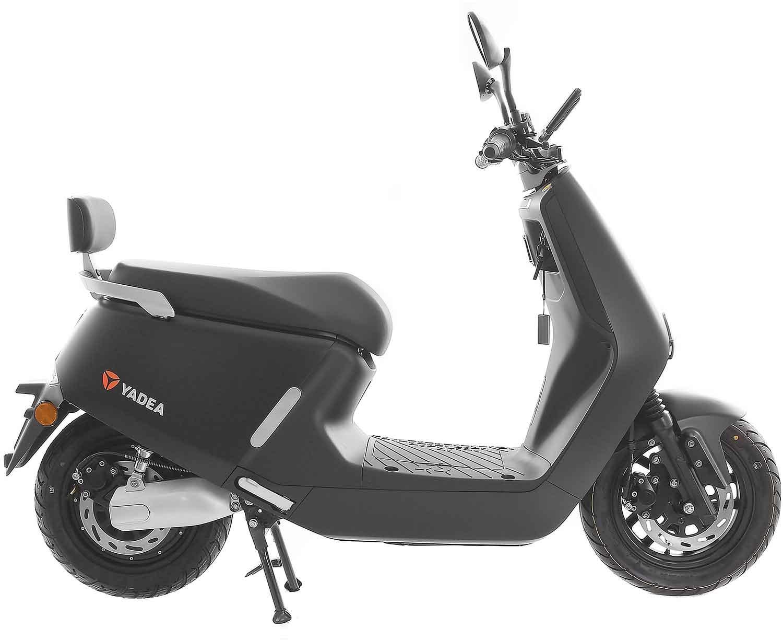 SXT Yadea G5 ESCG5.6 schwarz matt Seitenansicht rechts