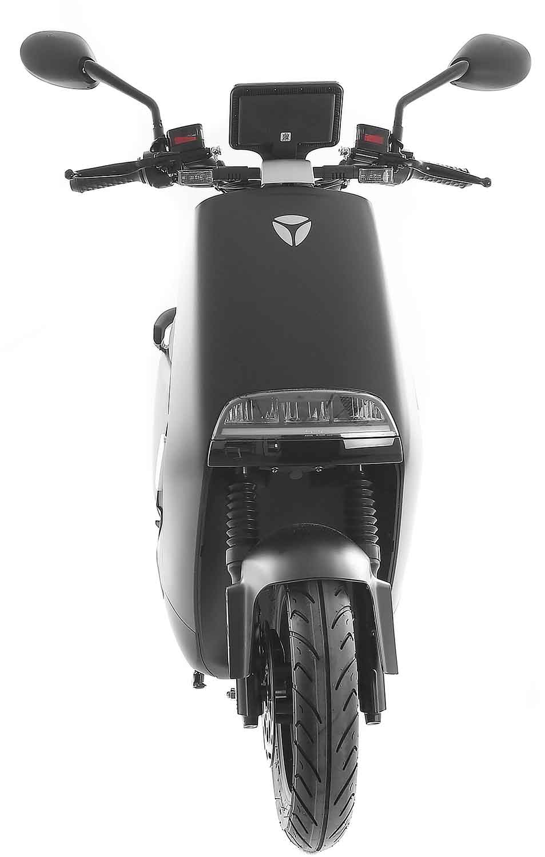 SXT Yadea G5 ESCG5.6 schwarz matt Vorderansicht