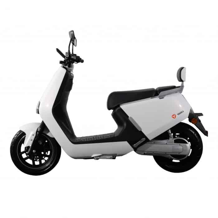 yadea-g5pro-white-side