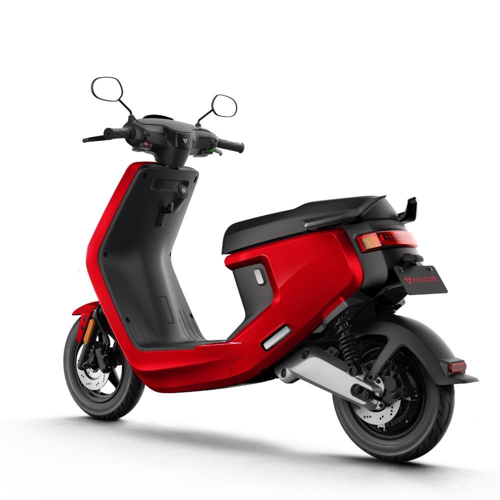 niu m plus scooter electrique