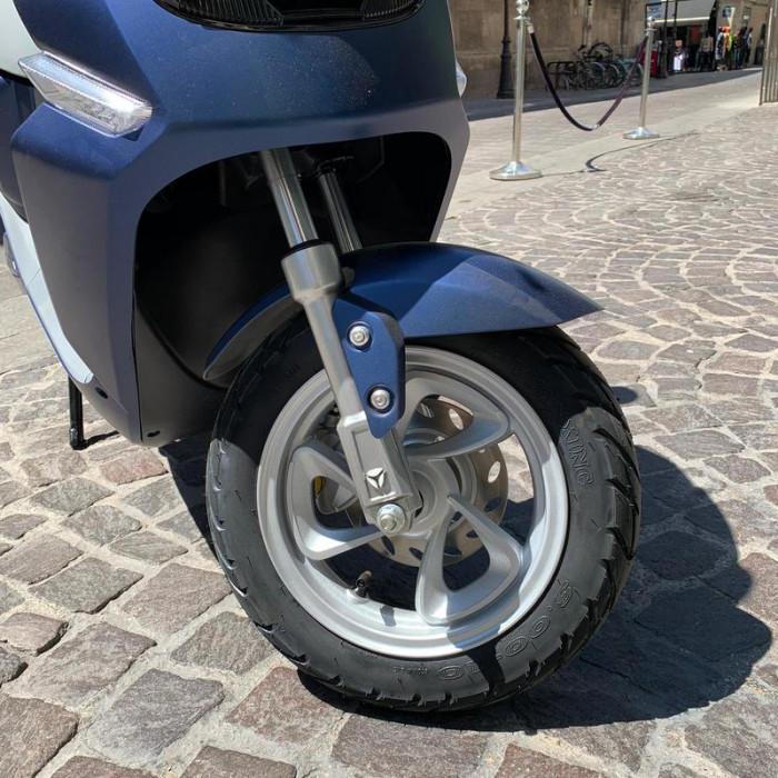 yadea-c-line-scooter-electrique-4